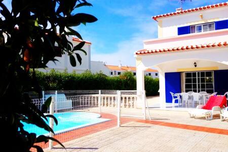 Casa de Férias em Altura - Algarve - Altura - House