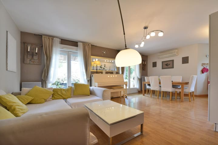Coquet appartement jardin parking - Les Angles - Condominium