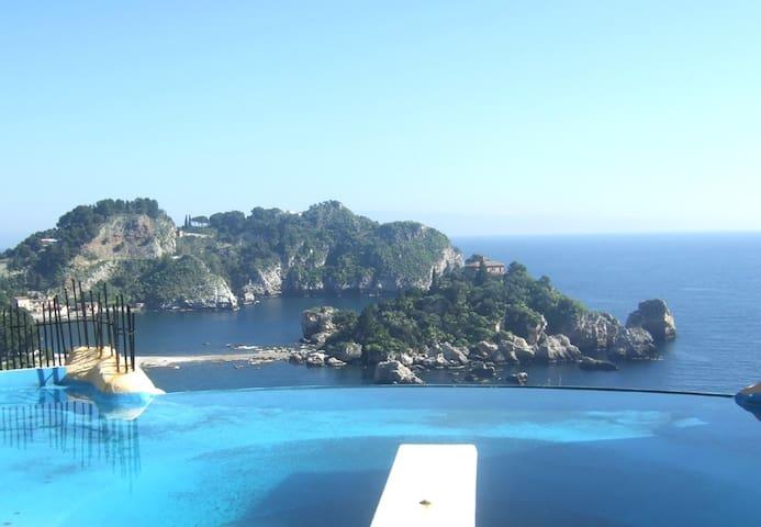 Villa Suk at Isola Bella bay (Taormina)