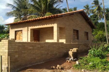 Casa 2qtos em Coruripe R$ 400/mês