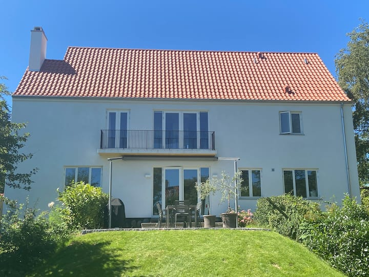 400 m2 Villa in Copenhagen close to city & beach