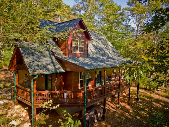 Fireside Mtn. Ret. Great Cabin with Mountain Views and Internet Access
