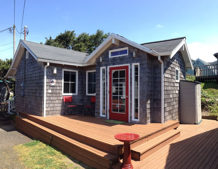 The Strand Oceanview Studio Houses For Rent In Rockaway Beach Oregon United States