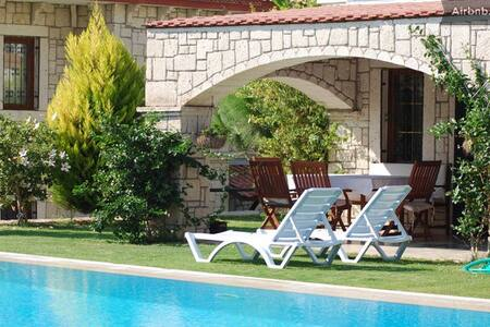 Confortable Stone Villa in Alacati - Alaçatı - Villa