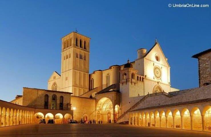 Assisi affitto bilocale - Pian della Pieve - Rumah