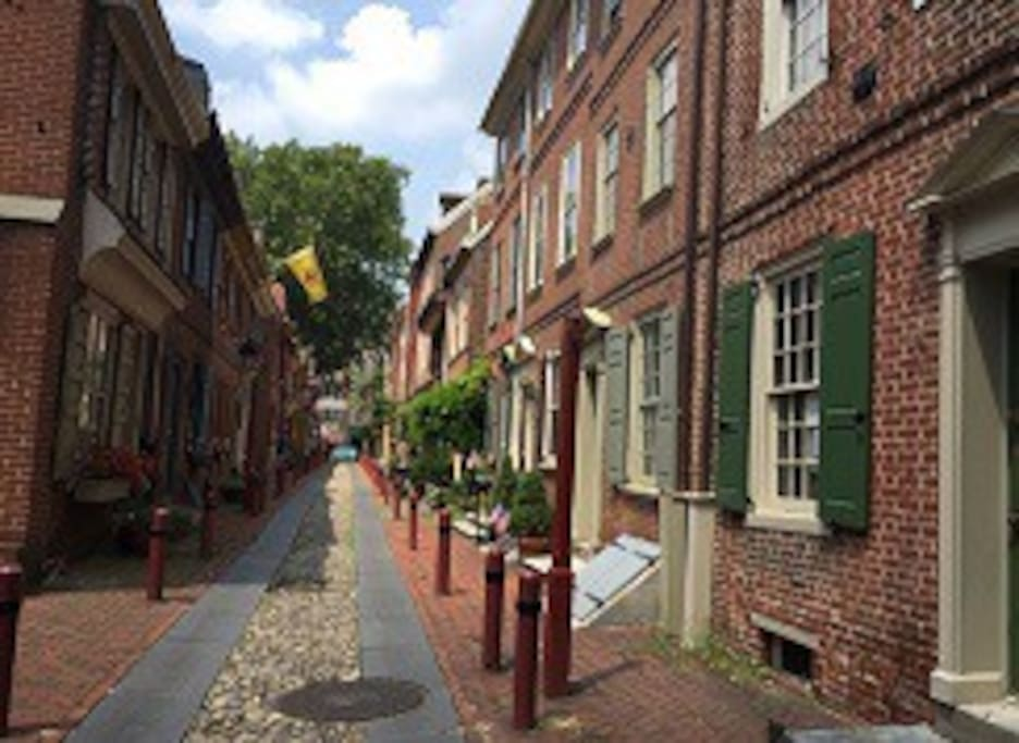 More Elfreth's Alley