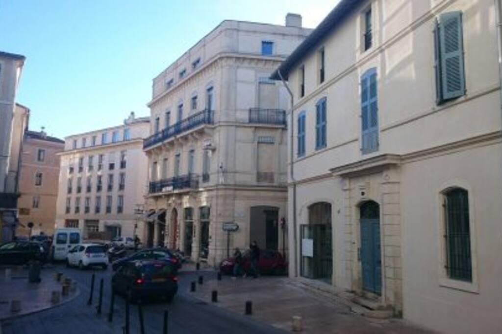 L'immeuble depuis la rue Racine