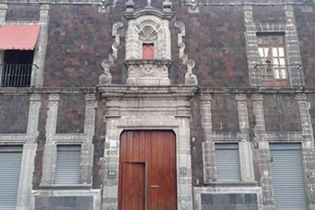 UNIQUE LOFT IN A COLONIAL SITE/ PRE-COLONIAL SITES - Ciudad de México