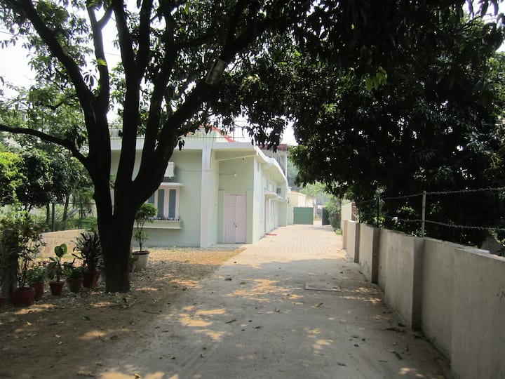 Homely Stay In City Center (1 Room Set)