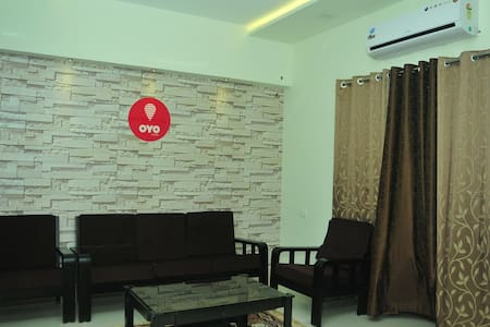 1 AC Room with attached bathroom - Mangaluru