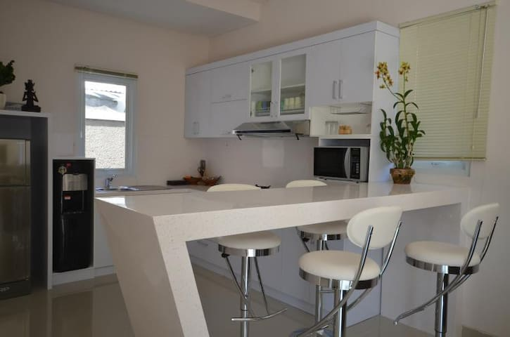 Kitchen and Bench dining