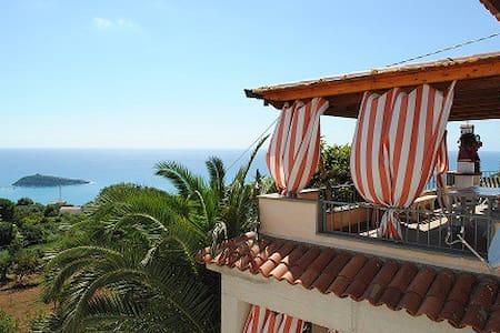 Appartamento panoramico vista mare - Cirella