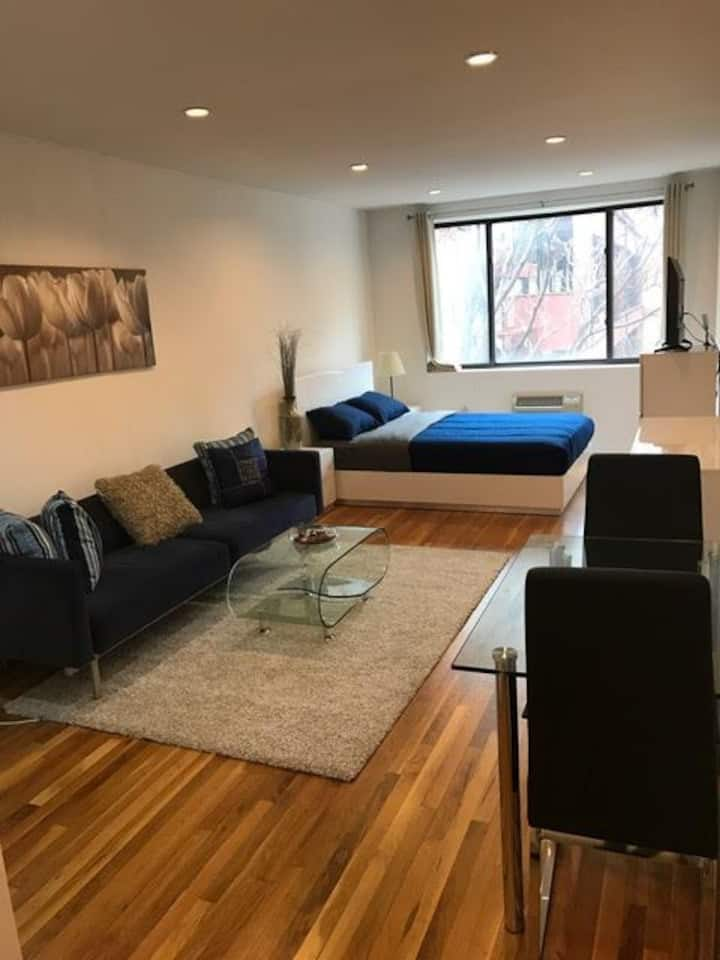 Renovated studio near Time Square ( 44th st )