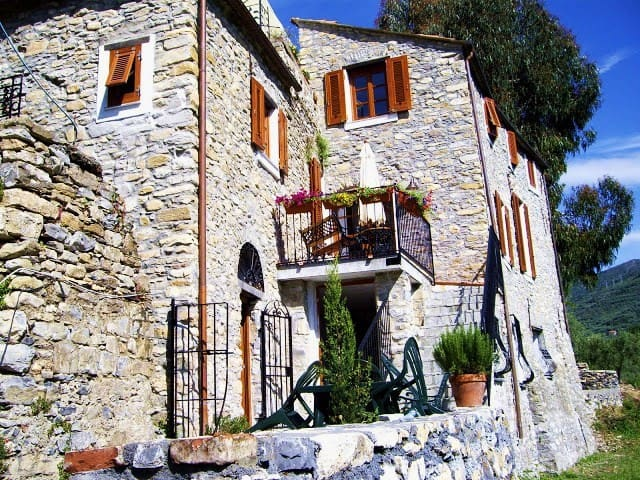 """Case vacanza Tre Molini: """"La Tana"""" - San Bartolomeo al mare - Leilighet"""