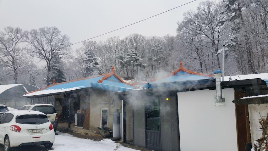 """양평 고래실마을 """"따뜻한 구들방이 있는 쉐프의 시골집"""" - Yangseo-myeon, Yangpyeong-gun - Outros"""