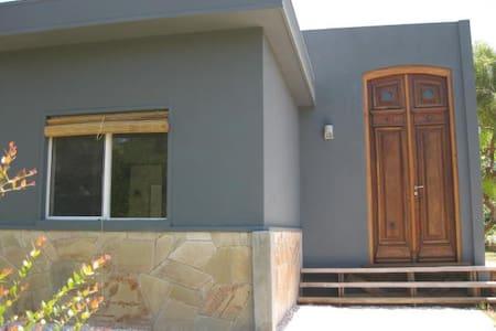 Casa en Playa Verde a 50 m de la playa - Playa Verde
