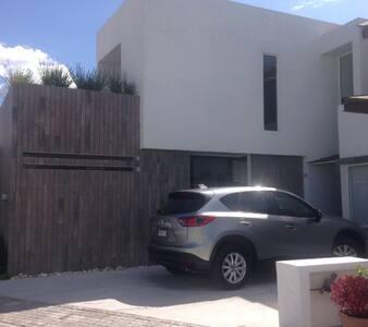 Habitacion privada con baño - San Andres Cholula