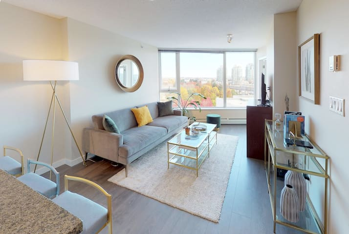 Clean and Modern Suite in Perfect Location!