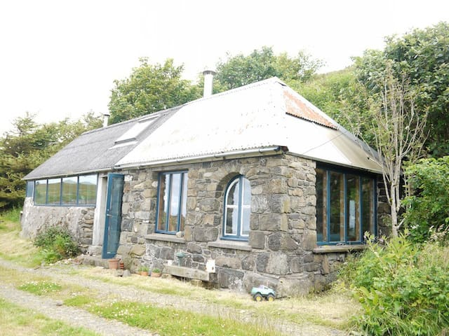 Bothy by the Sea - Waternish - Overig