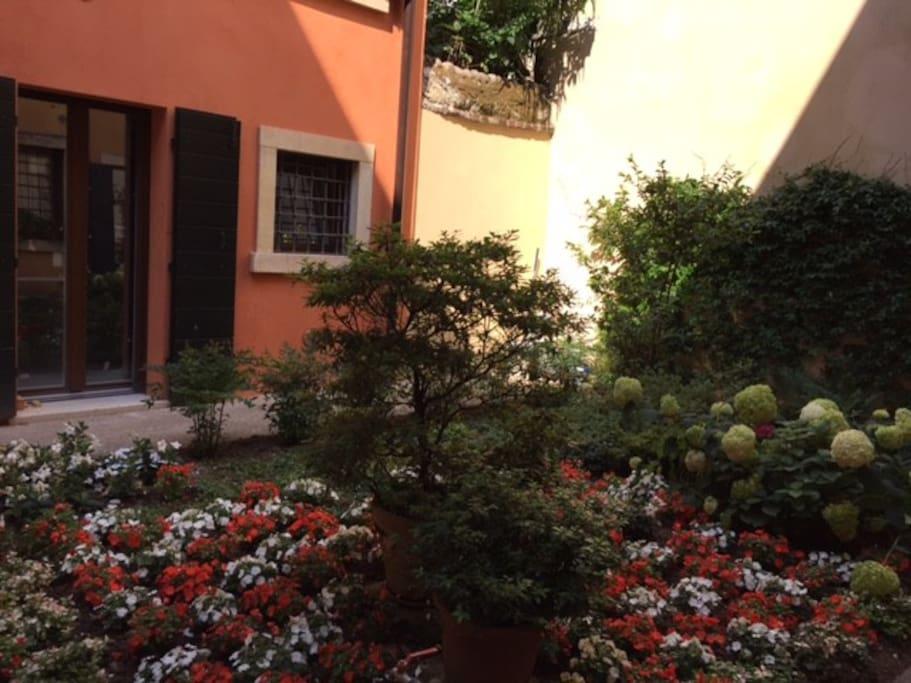 L'Angolino Nascosto - Giardinetto