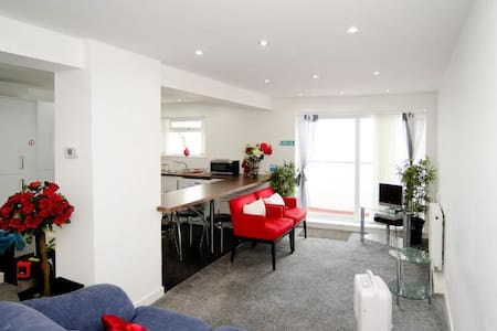 Clyde View Apartment - Luxury Flat - Appartement