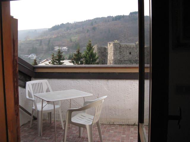 Appartamento fronte castello - Santo Stefano D'aveto - Leilighet