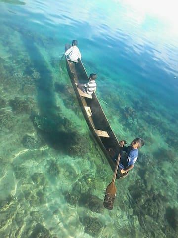Lisar Bahari Guesthouse - Pulau Seram - Kisház