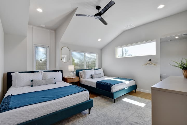 Bedroom 5 (Master)