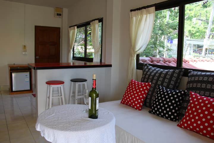 Sea View Family Apartment 2 - 100 meter from beach