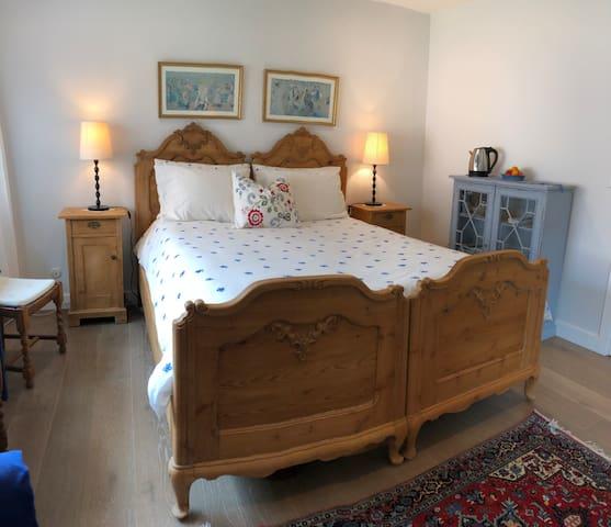 Private room in gated community on Coronado Island