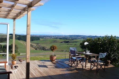 Clevedon cosy cottage,privacy,views - Clevedon - Auckland