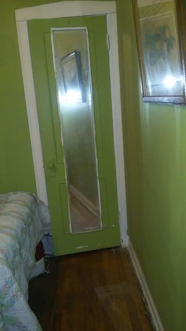 Mirrored closet door