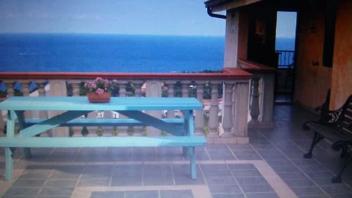 villetta vista mare a Calagonone Sardegna