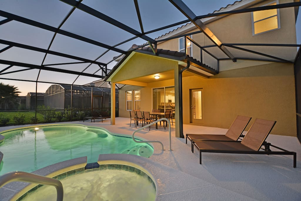 Pool, Water, Furniture, Chair, Building
