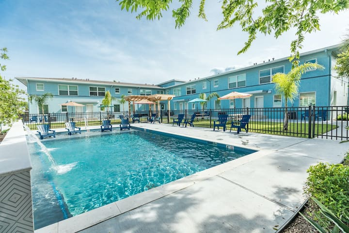 New listing! Dog-friendly townhouse w/ a shared pool - walk to the beach!