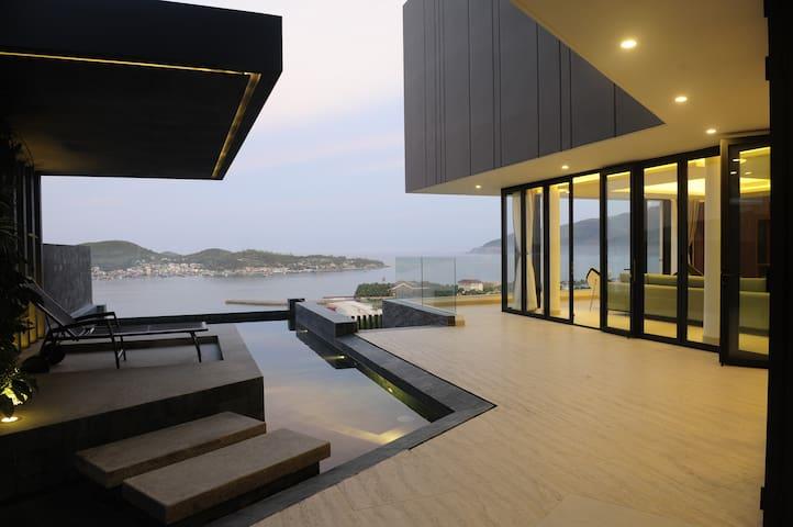 Amazing Acqua villa  2 - tp. Nha Trang - Villa