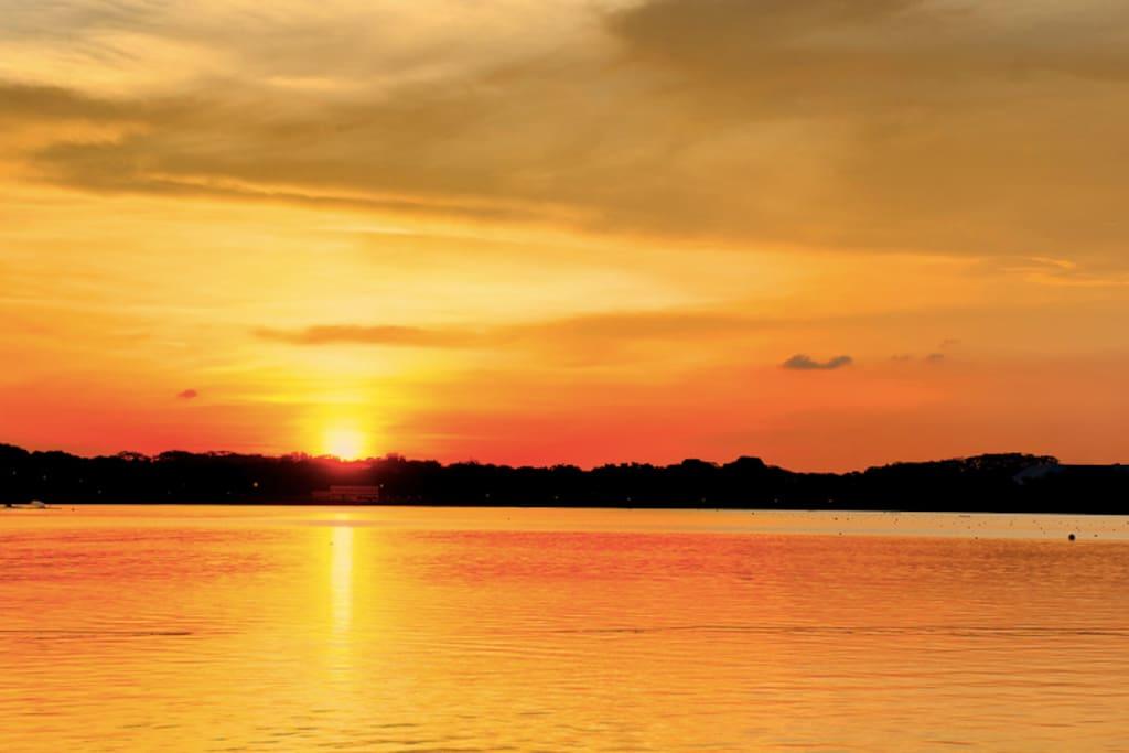 Sunrise view @ Reservoir