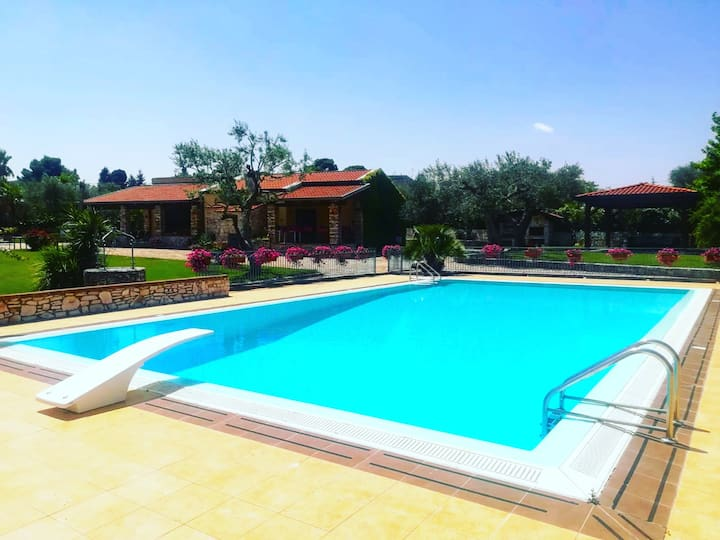 Splendida villa con piscina a due passi da Matera