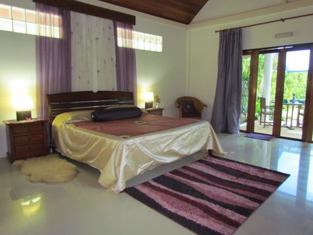 Kingsacre, Dragonfly Deluxe Villa Double Room
