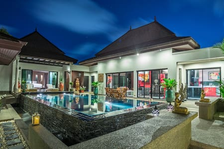 5 STAR VILLA WHITE ORCHID SUPERHOST