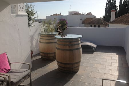 Renovated old style town house - Tavira