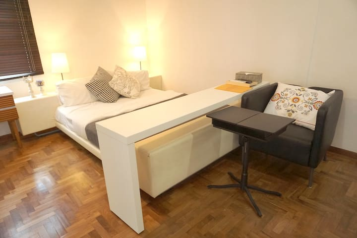 (S)Big Master with Private Bathroom/3mins  MRT