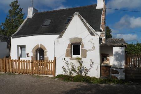 Charmante maison Bretonne à 2 pas de Locquirec - Guimaëc