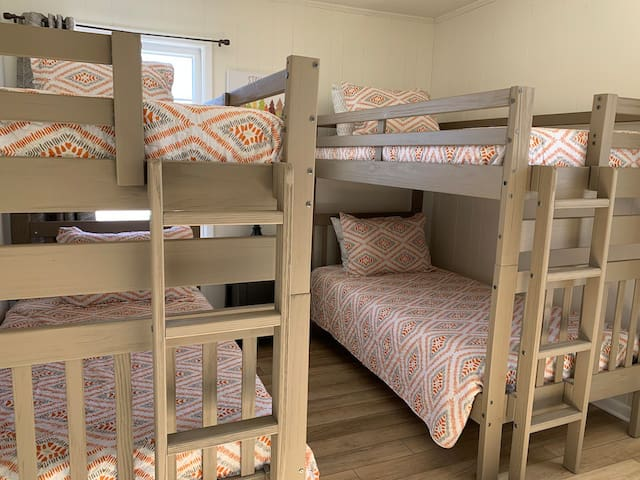 Stay Wild Room has two twin bunkbeds