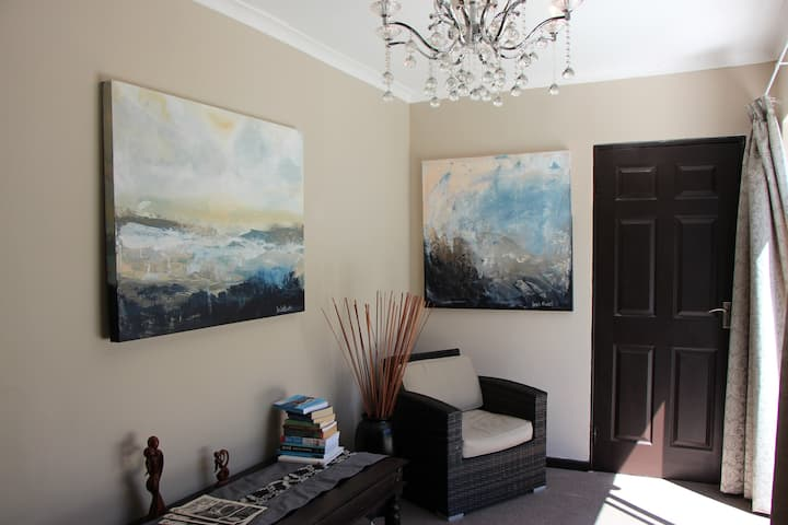 Seaside Hermanus Guest Room