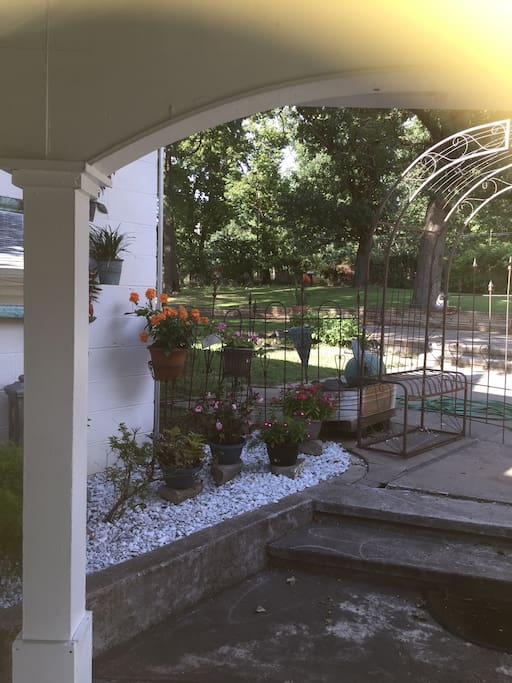 Front porch - sit and relax. Watch the sun melt into the beautiful lake and end your day the right way