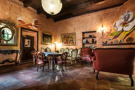 B&B Re Alarico in old town cosenza - Cosenza - Oda + Kahvaltı