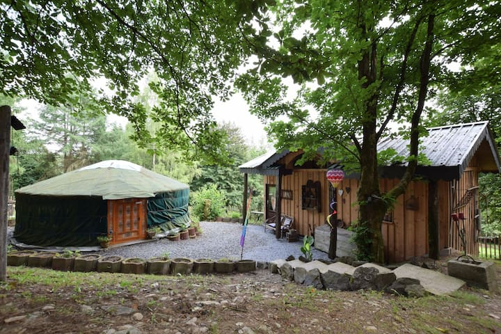 A romantic and special holiday in a yurt and a comfortable little home!