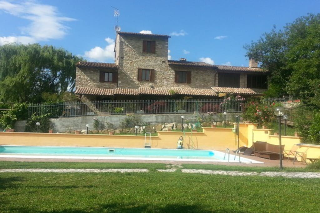 Casolare con piscina privata