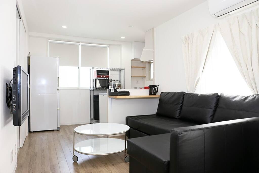 リビング/キッチン Livingroom / Kitchen  客厅和厨房